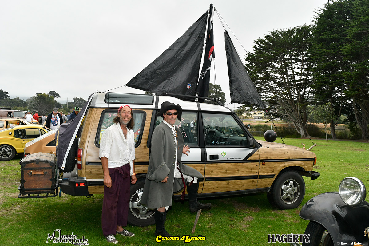 _DSC6018-Rally-Pirate-Captain-John-O'Leary-&-Brian-Borcherding-Black-Pearl-Land-Rover
